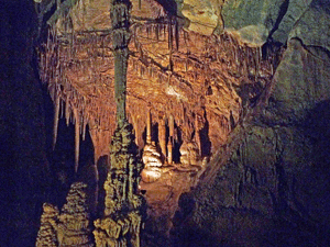 Lehman Cave with no flash