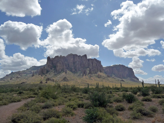 Superstition Mts Lost Dutchman SP