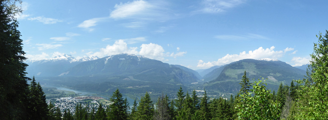 Monashee Overlook
