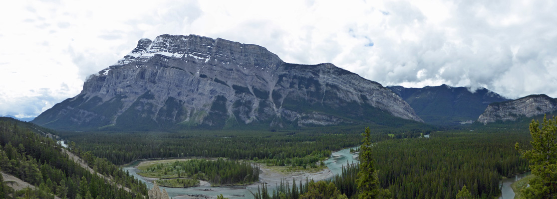Bow River Mt Rundle