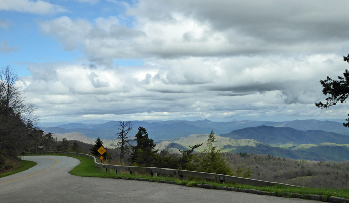 Blue Ridge Parkway Laurel Knob Overlook