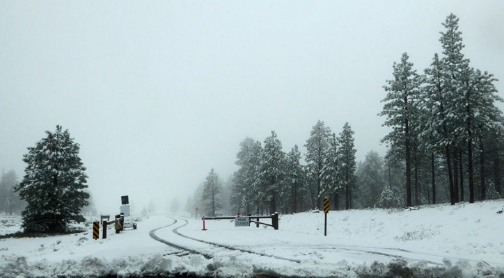 Bryce Canyon rd closed due to snow