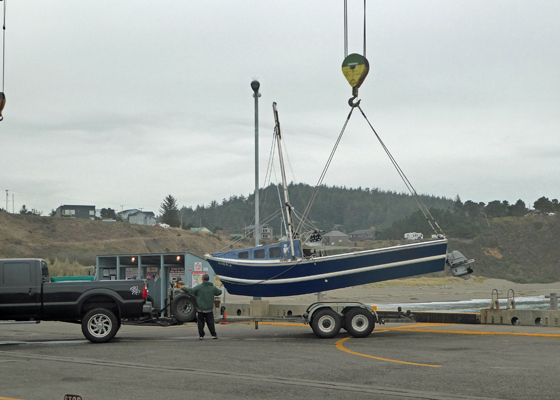 Boat wench Port of Port Orford