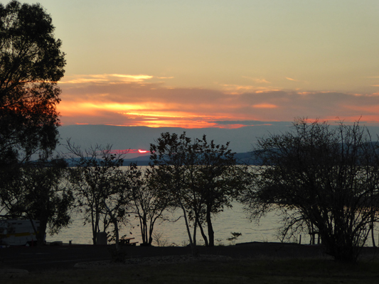 Sunset Millerton Lake