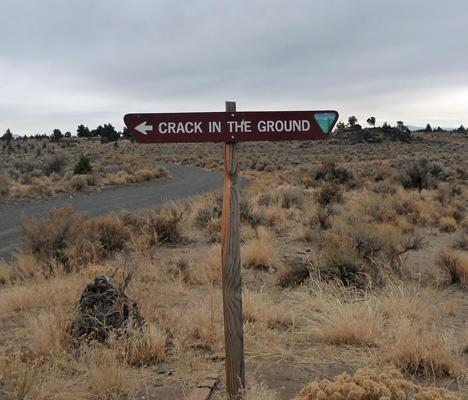 Crack in the Ground sign Oregon Outback