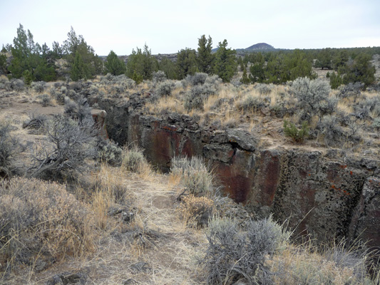 Crack in the Ground Oregon Outback