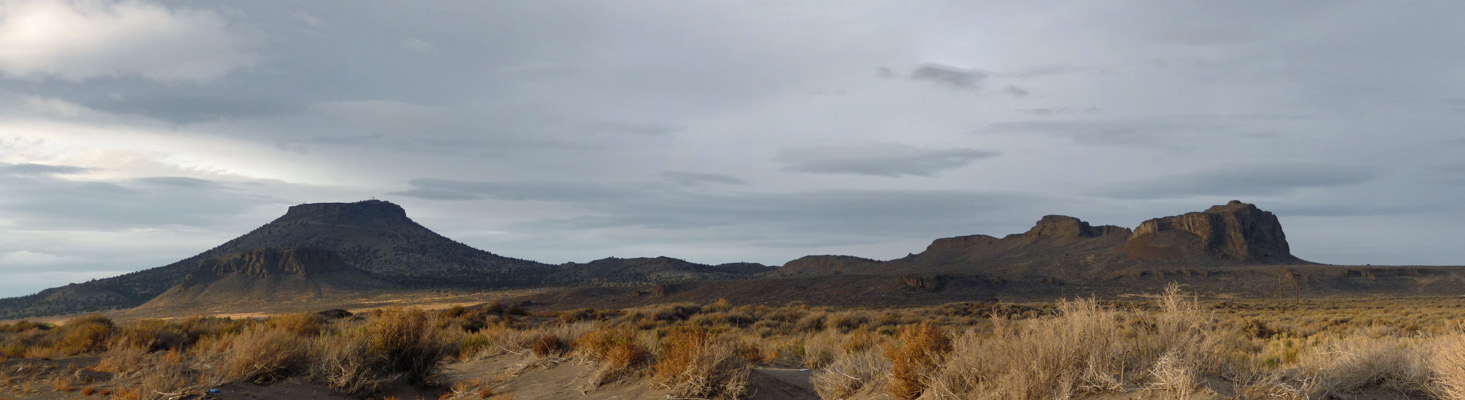 Table Rock panorama Oregon Outback