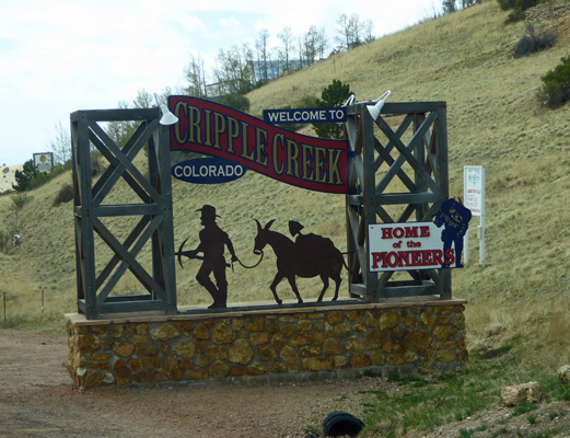 Cripple Creek Welcome Sign