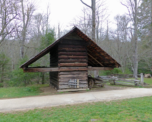 Corn crib Cades Cove