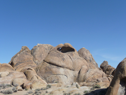 Almost arch Alabama Hills Lone Pine CA