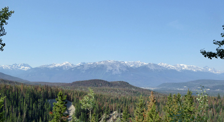 Maligne Overlook view