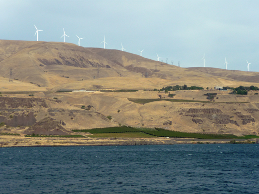 Vineyards wind farm Columbia River OR