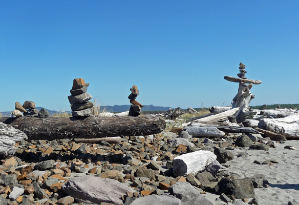 Cairns on South Jetty Fort Stevens SP
