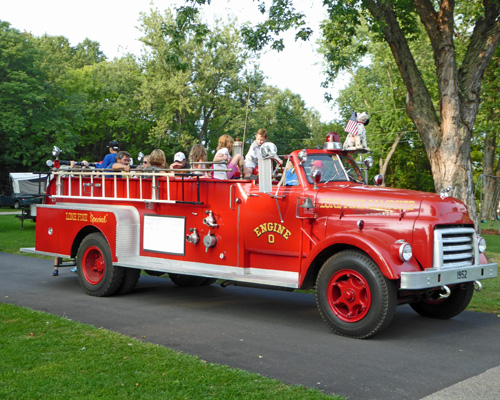 Lone Pine Campground fire engine